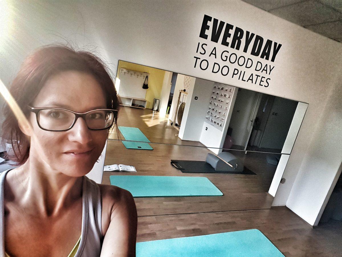 Zakaj pilates NI skupinska vadba?